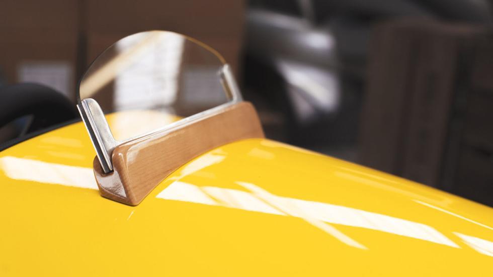 Morgan EV3 Junior detalle parabrisas