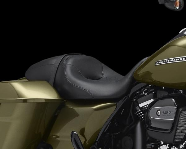 Nueva-Harley-Davidson-Road-King-Special-2017-7