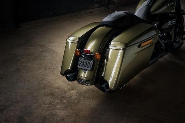 Nueva-Harley-Davidson-Road-King-Special-2017-8