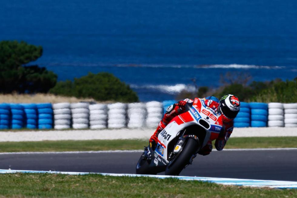 Test-MotoGP-Australia-2017-19