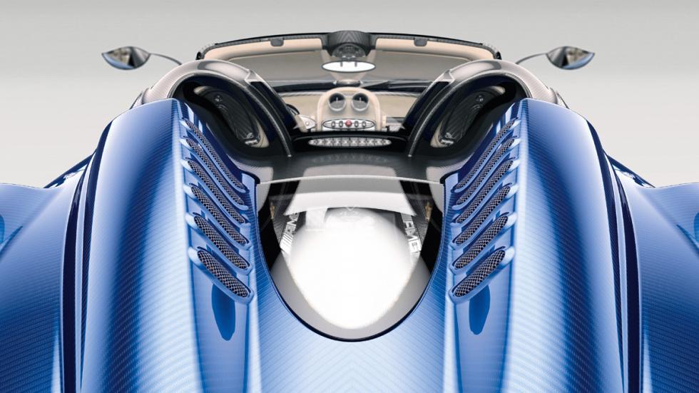 Pagani Huayra Roadster techo estudio