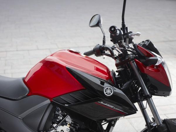 Nueva-Yamaha-YS125-9