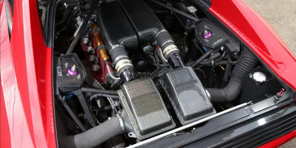 Ferrari 348 LM 1992 motor