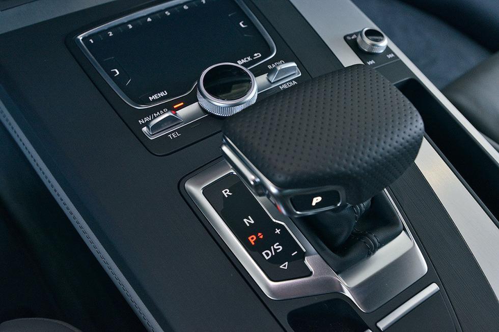 Audi Q5 (2016) vs BMW X3