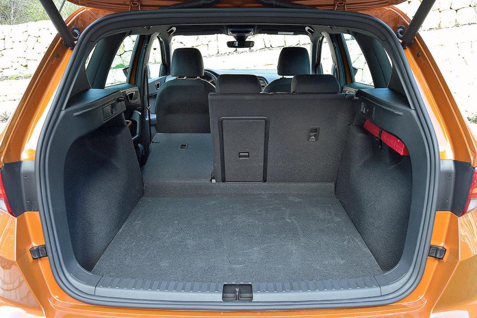 Comparativa: Volkswagen Golf (2017) vs Seat Ateca