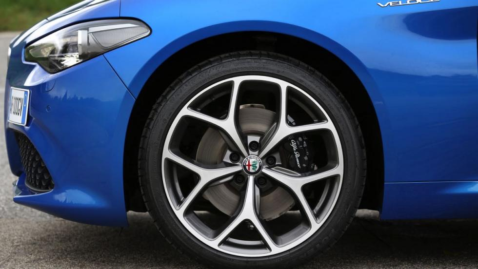 Alfa Romeo Giulia Veloce llanta