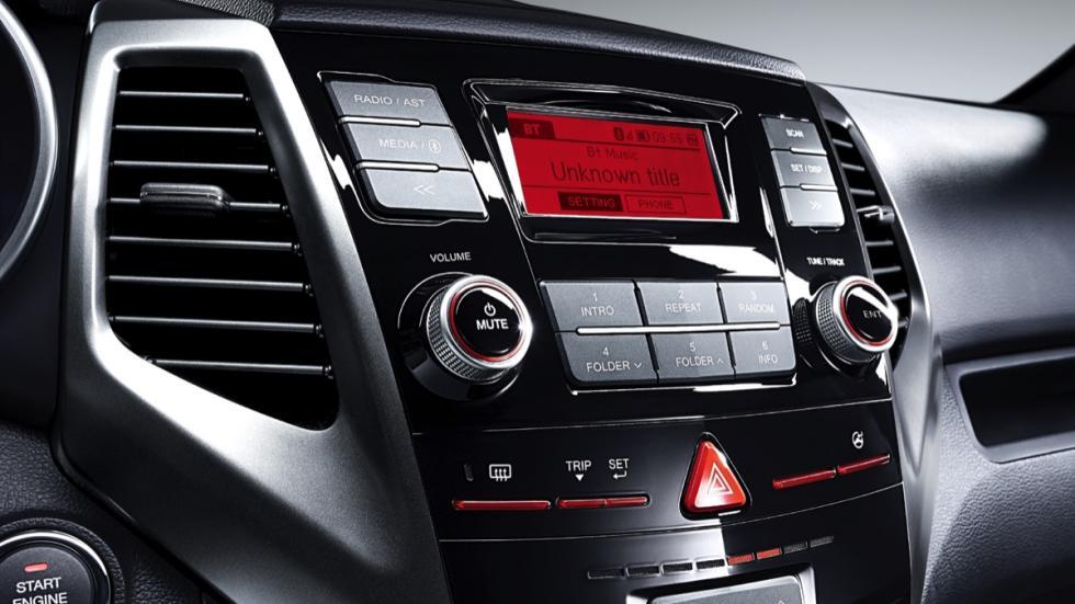 SsangYong XLV radio