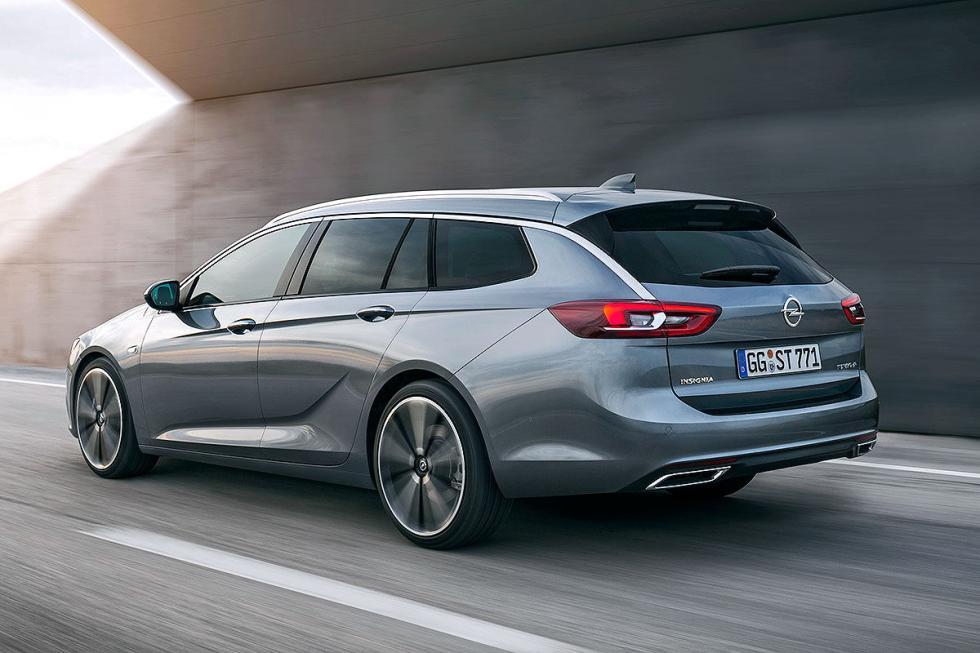 También veremos la versión familiar del nuevo Opel Insignia. 200 kilos más liger