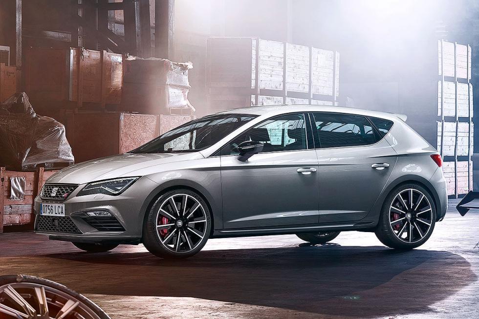 Presentación del Seat León Cupra: sube a 300 CV y 380 Nm de par.