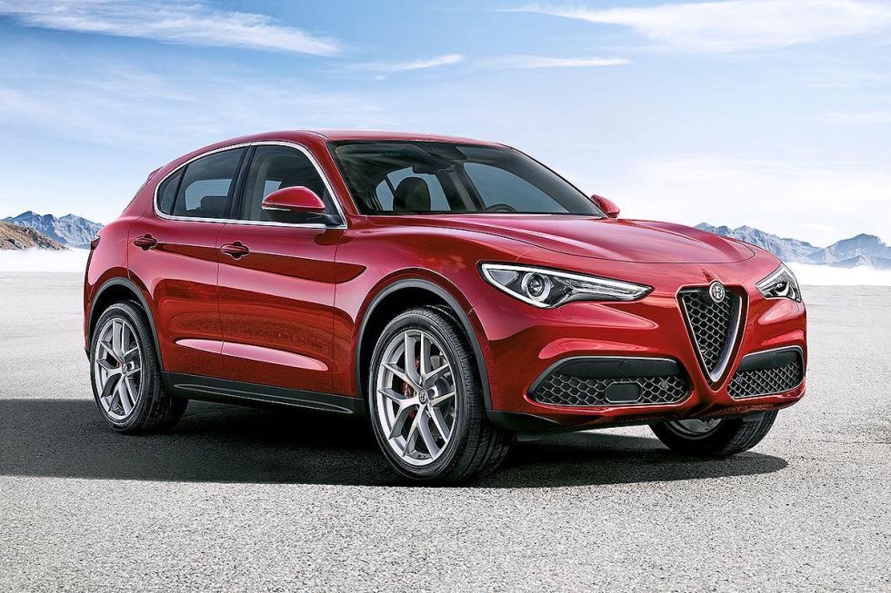 Después de haber mostrado la versión tope de gama Quadrifglio, Alfa presentará o