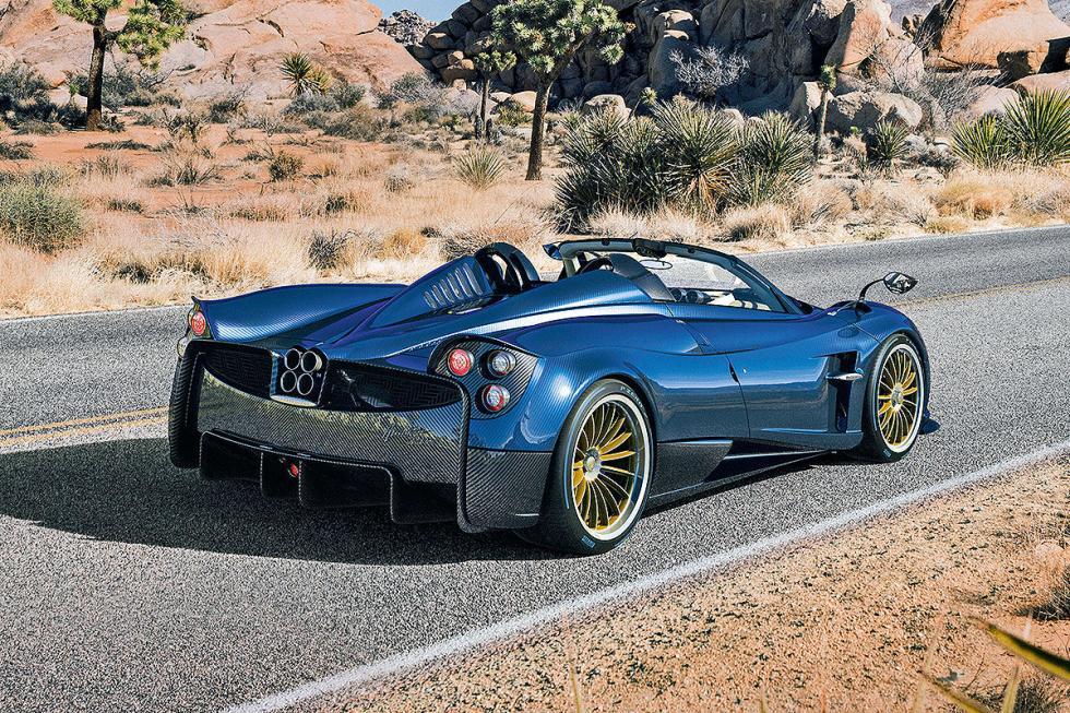 Y por supuesto, el tuninf y los modelos exóticos, como este Pagani Huayra Roadst