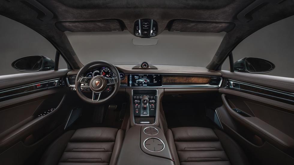 Porsche Panamera Sport Turismo 2017 interior