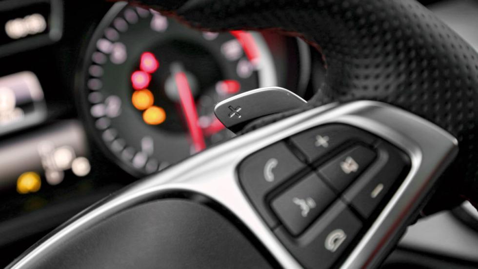Mercedes GLA relojes