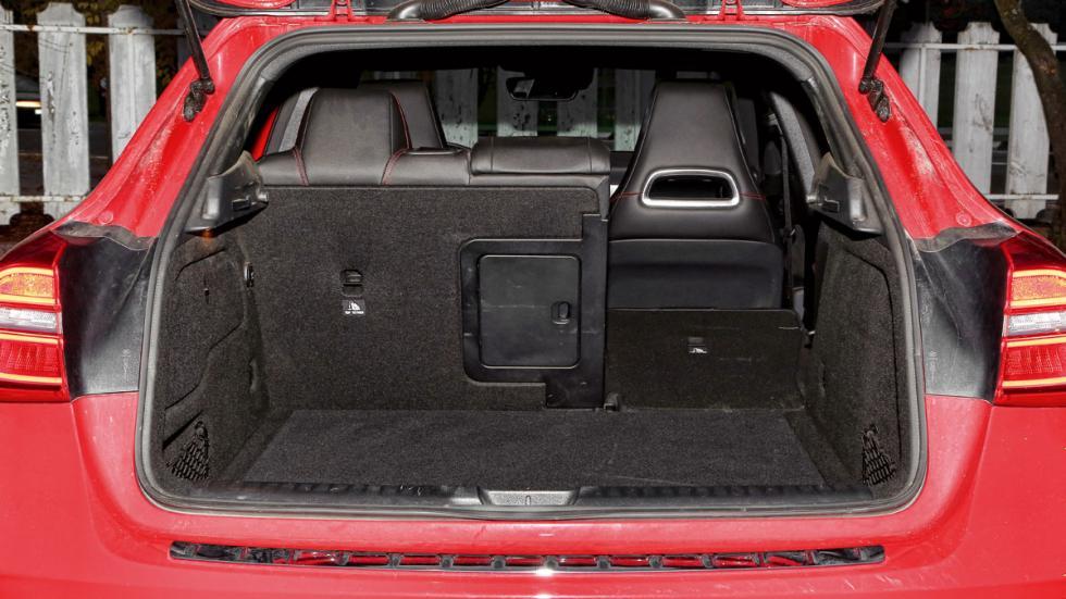 Mercedes GLA maletero