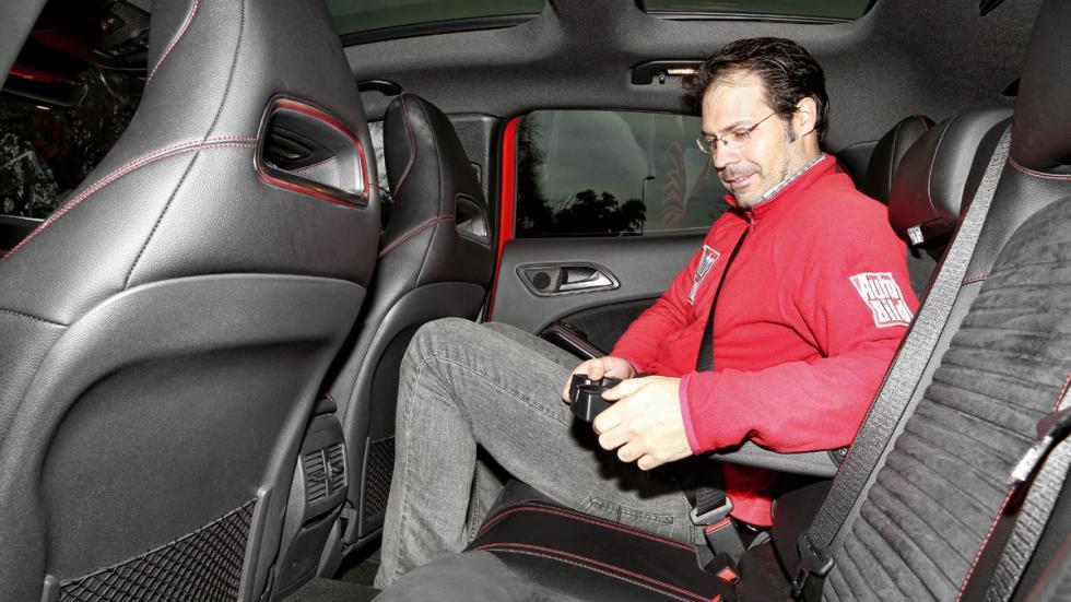 Mercedes GLA asientos traseros