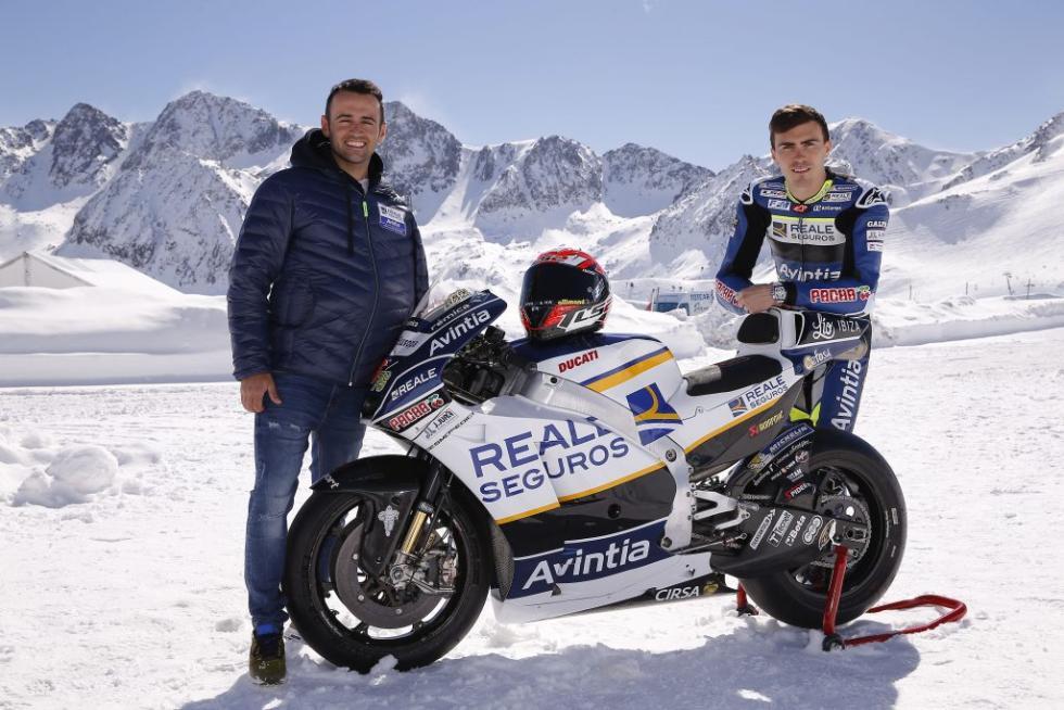 Presentacion-Reale-Avintia-Racing-2017-2