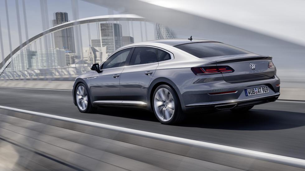 Volkswagen Arteon Elegance tres cuartos trasera