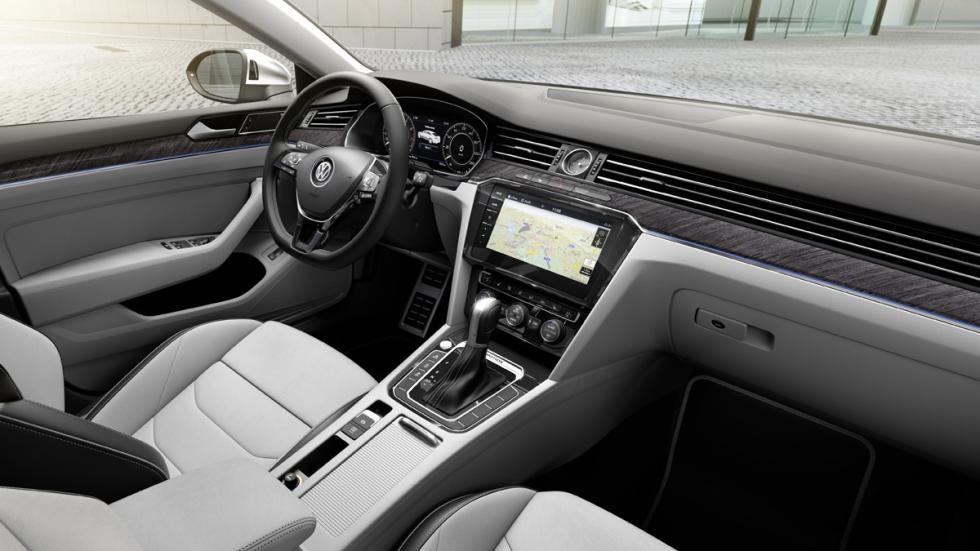 Volkswagen Arteon Elegance habitáculo