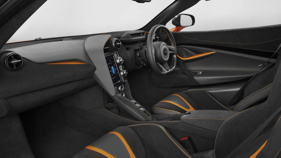McLaren 720S habitáculo