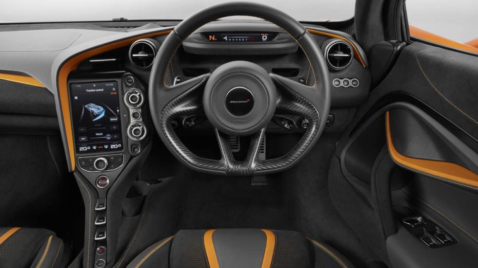 McLaren 720S salpicadero