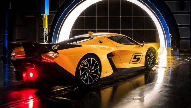 Pininfarina EF7