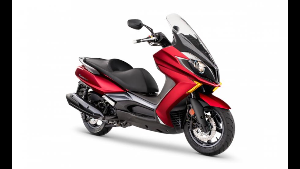 Prueba-nuevo-Kymco-Super-Dink-350-2017-colores-Rojo-Núcleo