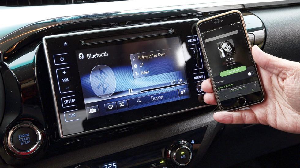 Toyota Hilux 2.4 D Cabina Doble conectividad