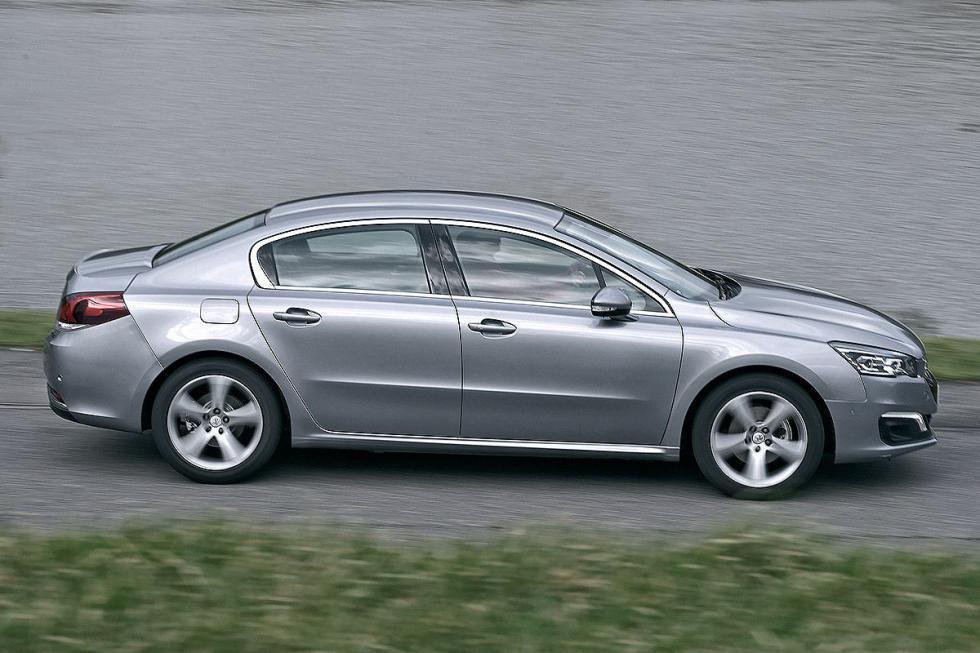 El 508, eso sí, tiene un diésel excepcional: potente, ahorrador y silencioso.