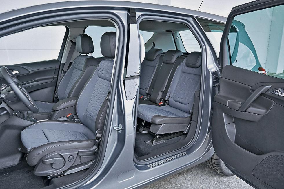 455 puntos para el Citroën C3 Picasso, y 484 para el alemán. Es más modulable, y