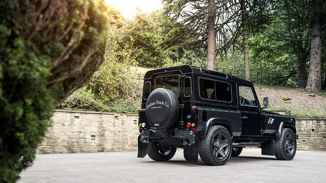 Ficha Land Rover Defender Kahn Design