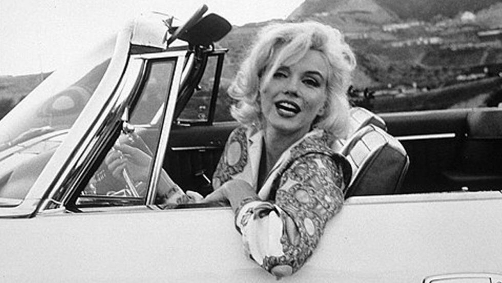 Marilyn en su Chrysler 300h Convertible en 1962