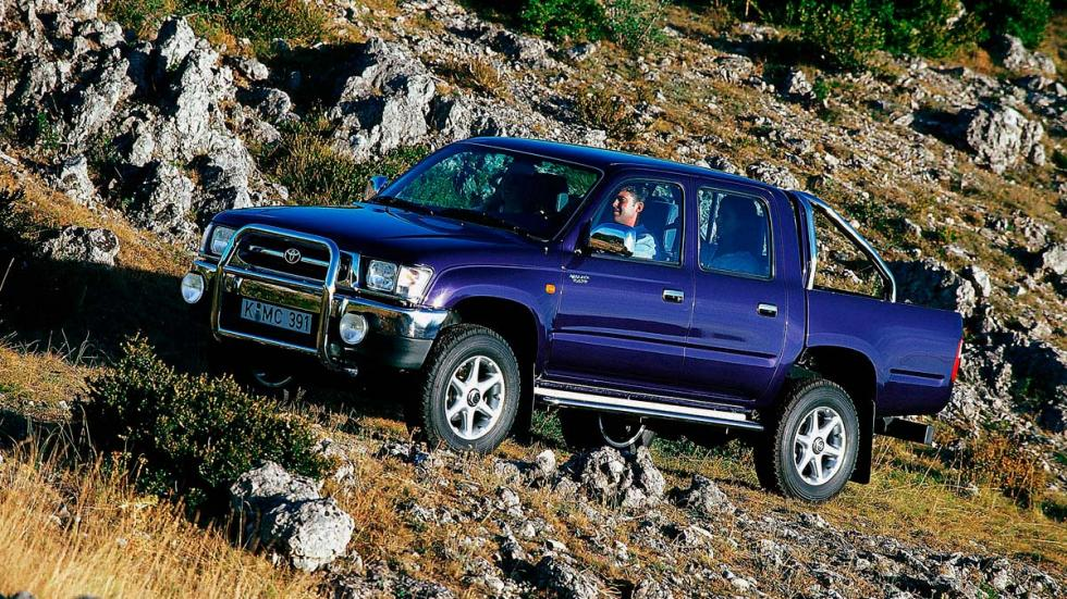 Toyota Hilux azul robusta