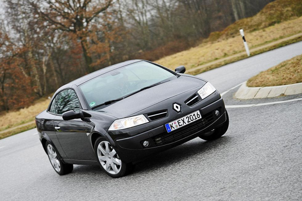 Renault Mégane CC. Puntuaciones insuficientes en TÜV. Fiable en motor y cambio,