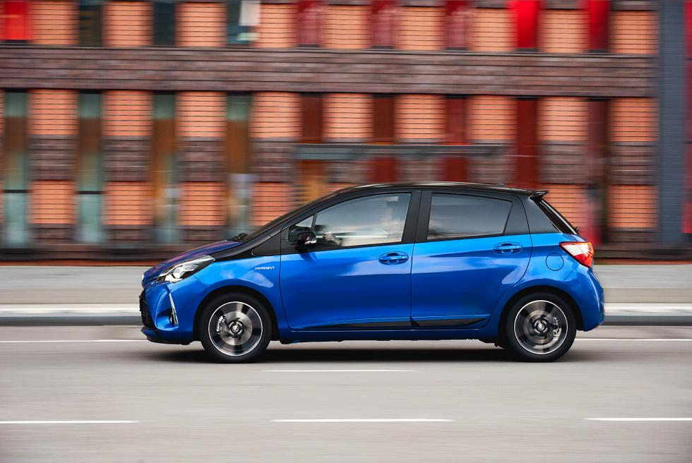Nuevo Toyota Yaris con pintura bitono