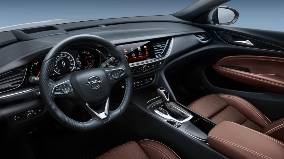 Opel Insignia Country Tourer 2017 interior