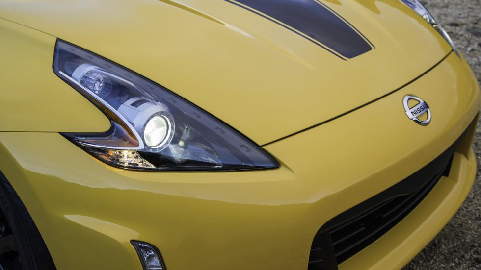 Nissan 370Z Heritage Edition detalle faro
