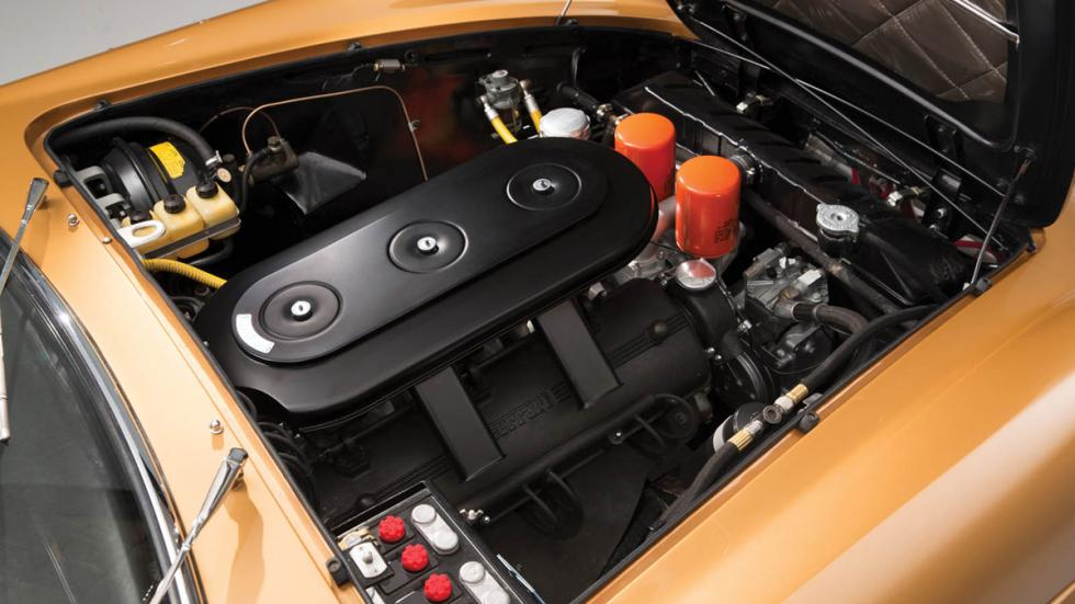 subasta Ferrari 330 GTC 1966 motor