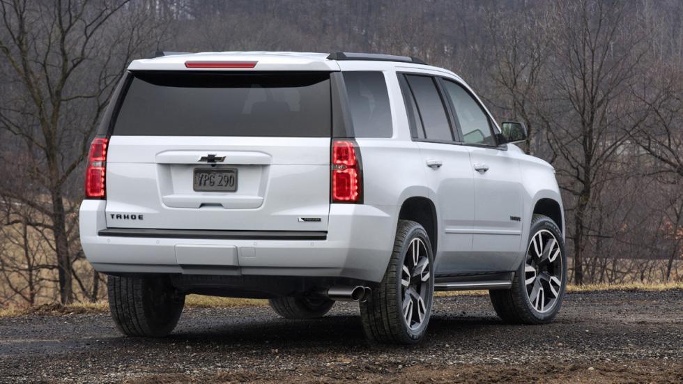 Chevrolet Tahoe RST zaga