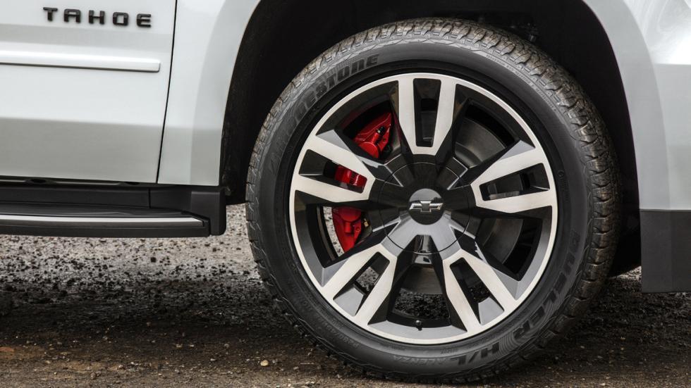 Chevrolet Tahoe RST llantas y frenos