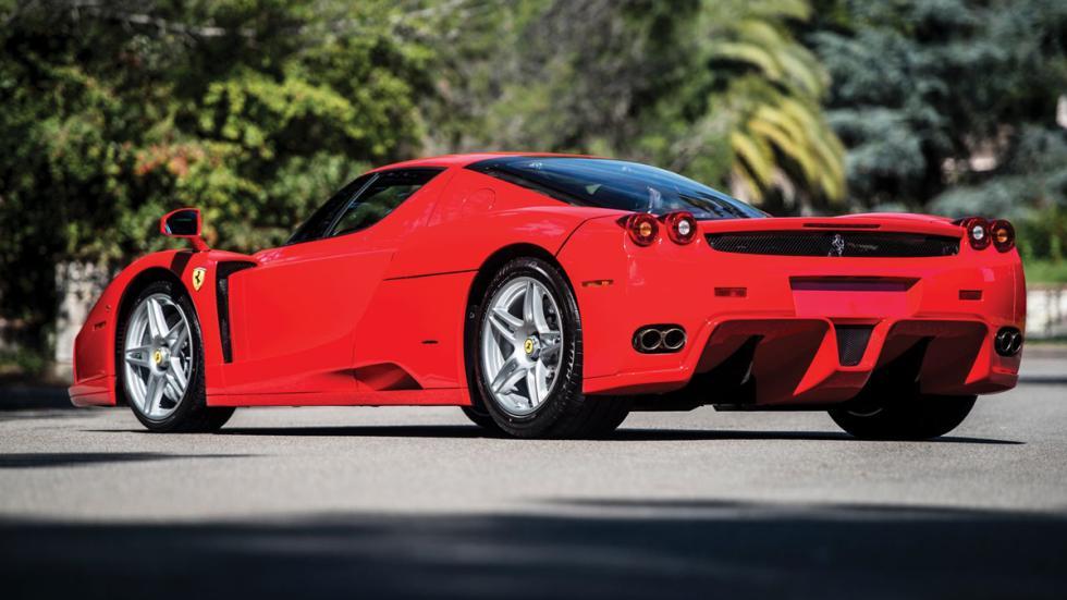 subasta Ferrari Enzo Rosso Scuderia trasera