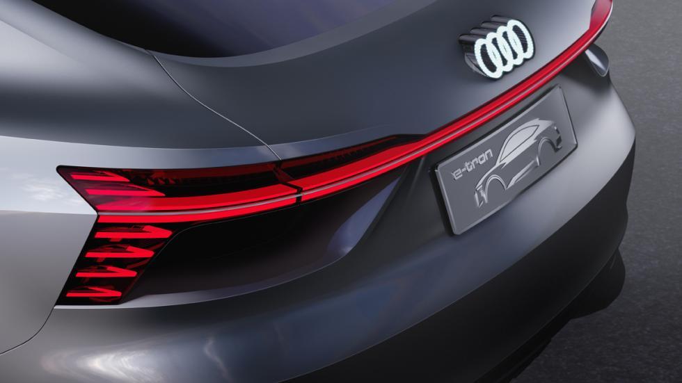 Audi e-tron Sportback Concept boceto pilotos