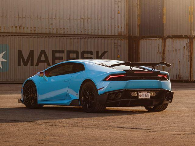 Lamborghini Huracan by 106 industries