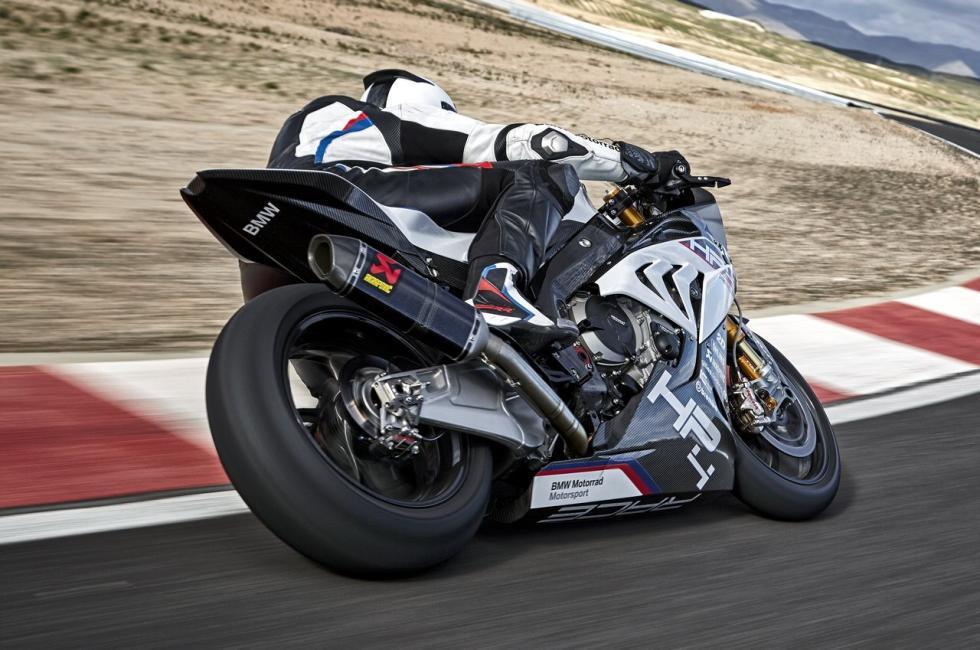 Nueva-BMW-HP4-Race-3