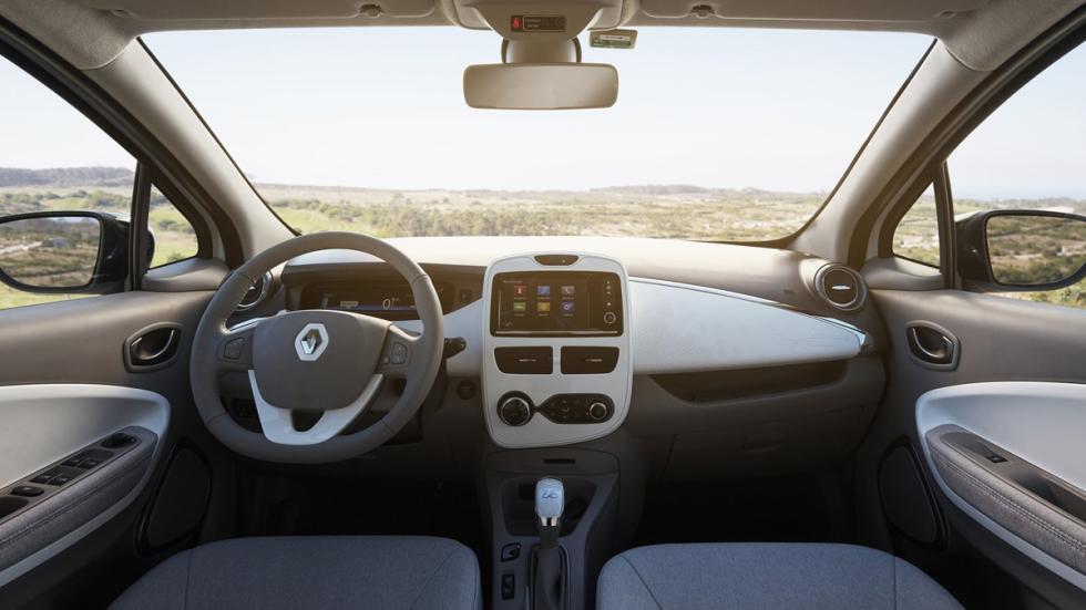 coches-eléctricos-2017-interesantes-Renault-zoe-interior