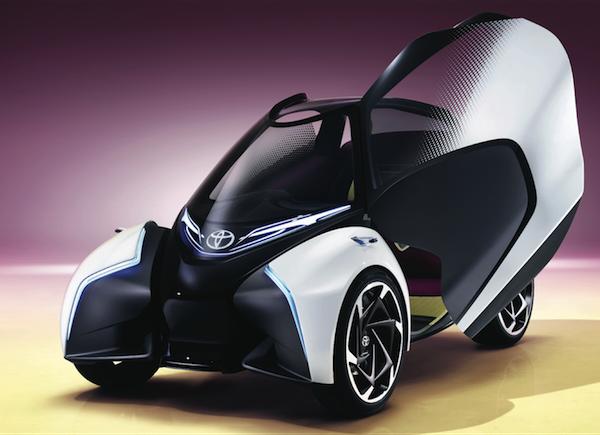 Toyota i-TRIL: triplaza, eléctrico y autónomo