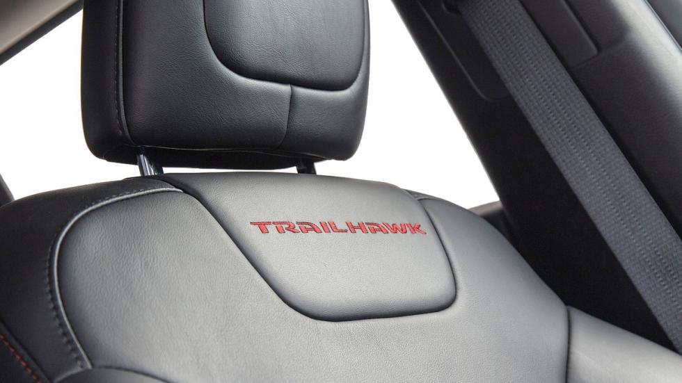 virtudes-jeep-cherokee-trailhawk-equipamiento