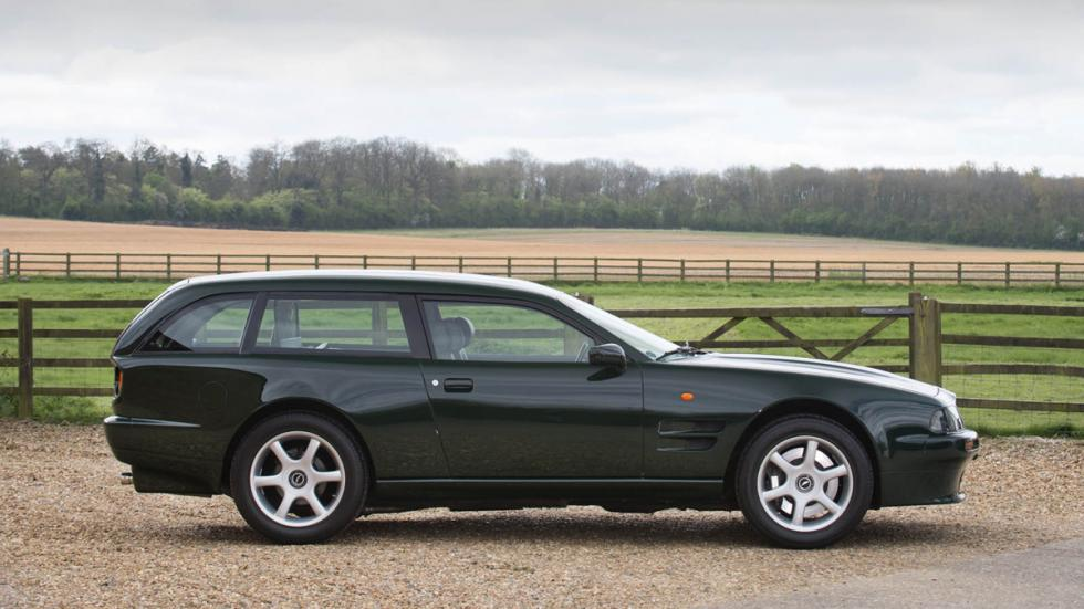Aston Martin V8 Sportsman lateral derecho