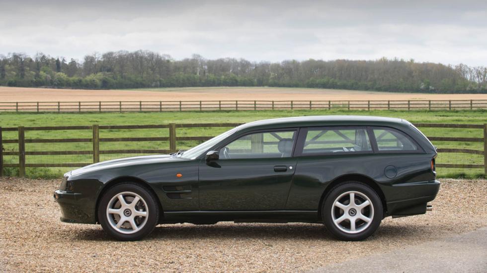 Aston Martin V8 Sportsman lateral izquierdo