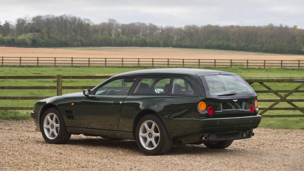 Aston Martin V8 Sportsman tres cuartos trasera