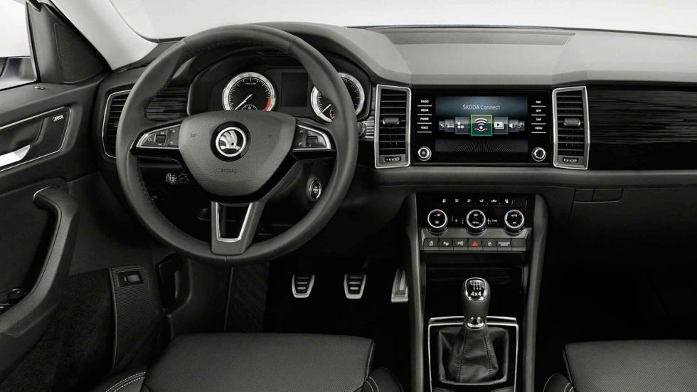 prueba del skoda octavia rs 245 con dos caras. Black Bedroom Furniture Sets. Home Design Ideas